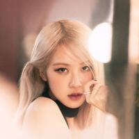 pre-order-album-debut-solo-rose-berhasil-capai-400ribu-keping