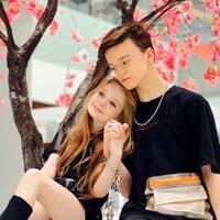 pernikahan-model-8-tahun-dengan-selebgram-13-tahun-di-ukraina-mendapat-kecaman-keras
