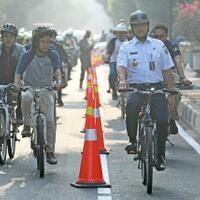 usulan-road-bike-minta-keluar-jalur-sepeda-anies-keselamatan-nomor-satu