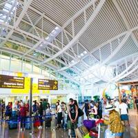 survei-reddoorz-53-persen-orang-indonesia-siap-liburan-tahun-2021-ini