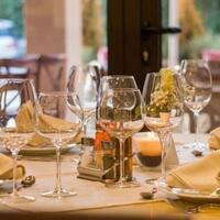kemenag-nilai-larangan-restoran-buka-siang-hari-saat-ramadhan-berlebihan