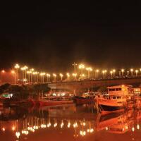 ngabuburit-penuh-romantis-di-sepanjang-jalan-jembatan-siti-nurbaya