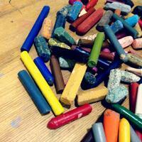 crayon-bekas-buat-lukisan-aja