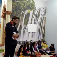 kegiatan-belajar-bahasa-inggris-dengan-tema-basic-english-course-for-young-learners