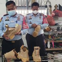 napi-lapas-di-mojokerto-produksi-sepatu-outdoor-bernilai-jual