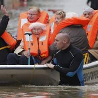 banjir-di-belanda-ribuan-warga-tinggalkan-rumah-jembatan-roboh