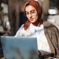uni-eropa-izinkan-kantor-larang-karyawan-pakai-hijab