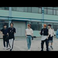 ada-hyunjin-stray-kids-rilis-trailer-comeback--noeasy--dengan-konsep-film-seru