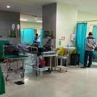 rsud-buleleng-penuh-pasien-covid-19-jalani-perawatan-di-igd-hingga-lorong-rs