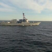 update-uss-chafee-dicegat-admiral-tributs-saat-mencoba-memasuki-wilayah-laut-rusia
