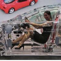mobil-bodi-transparan-menjadi-kendaraan-masa-depan-yang-menarik