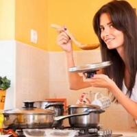 cewek-tuh-makin-gak-bisa-masak-makin-layak-di-jadikan-calon-istri