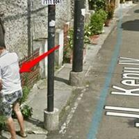 5-kejadian-nyleneh-orang-indonesia-yang-terekam-google-street-view-awas-ngakak