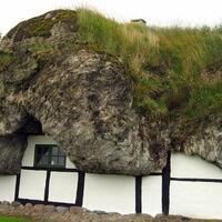 atap-rumah-rumput-laut-saksi-bisu-keserakahan-penduduk-pulau-laesoe