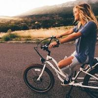 10-alasan-mengapa-cewek-yang-naksir-kamu-kadang-malah-menjauh