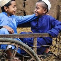 melihat-secuil-potret-kebahagiaan-anak-anak-dari-berbagai-negara