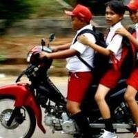 pengendara-motor-di-bawah-umur-kebanggaan-atau-kelalaian-diskusi-yuk