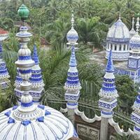unik-wisata-religi-di-masjid-tiban-turen-malang-benarkah-dibangun-oleh-jin
