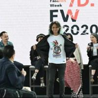 esports-fashion-curi-perhatian-indonesia-fashion-week-2020