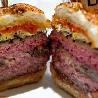 8-burger-abnormal-yang-pernah-ada-yakin-gansis-masih-mau