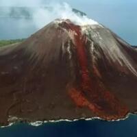 suara-dentuman-dan-erupsi-gunung-anak-krakatau-pandangan-alam-gaib