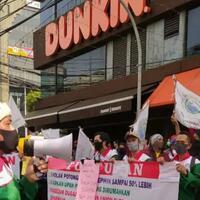 dunkin--donuts-tumbang-tak-bayar-thr--potong-gaji-karyawan
