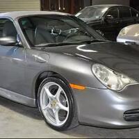 porsche-carrera-911-tahun-2002-wujud-asli-karakter-sally-dari-film-animasi-cars