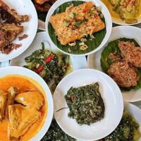 7-masakan-sederhana-khas-padang-ini-bikin-makan-siangmu-tambah-nikmat