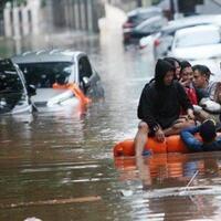antisipasi-banjir-pemprov-dki-siagakan-280-perahu-karet