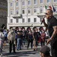 demo-rusuh-di-italia-dari-anti-masker-hingga-pembatasan-jam-malam