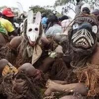 macam-macam-tradisi-aneh-di-afrika
