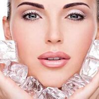 girls-yuk-intip-6-manfaat-es-batu-untuk-kecantikan