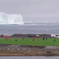 terpendek-di-dunia-kompetisi-sepakbola-di-greenland-hanya-7-hari