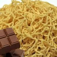 makan-mie-dan-coklat-secara-bersamaan-bisa-bikin-meninggal-kalian-percaya