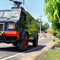 tactica-water-cannon---kendaraan-polisi-yang-menjadi-korban-tragedi-koja