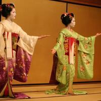 geisha-kisah-wanita-penghibur-yang-sering-disalahartikan