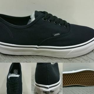 Sepatu Skate Vans Authentic Dope Black ICC Made in China BNIB with Box Vans 2159e9ff99