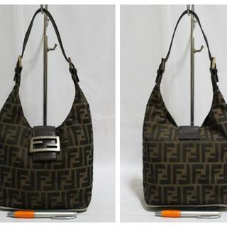 Tas branded FENDI F42 FF Signature canvas second bekas original asli 9d8c645526