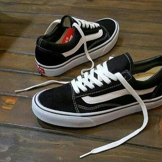 bd80468ca83 PREMIUM QUALITY Vans Old Skoll Black White