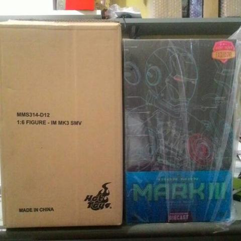 TERJUAL Hot Toys Iron Man Mark 3 Stealth Mode Version DIECAST