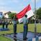 prajurit-tni-al-laksanakan-apel-gabungan-dan-upacara-penaikan-bendera-tujuh-belasan