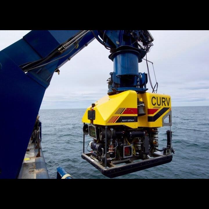 Memakai ROV CURV-21, US Navy Pecahkan Rekor Operasi Pengangkatan Terdalam di Dunia