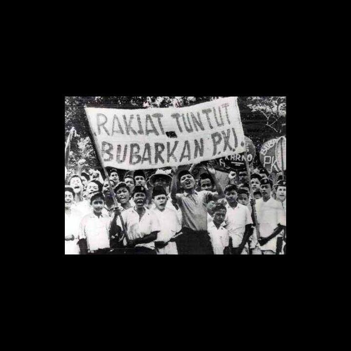 Jarang Orang Tahu, Kenapa Sesudah Tragedi 65 Sukarno Tak Membubarkan PKI?