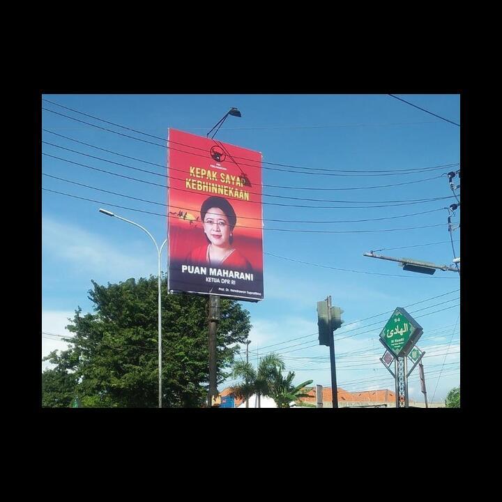 Anggota DPR F-PDIP Ramai-ramai Pasang Baliho Puan Se-Indonesia