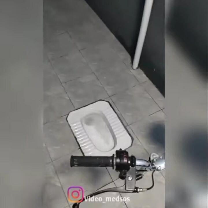 Kreatif, Penampakan Toilet Ini Menunjukkan Siapa Pemiliknya!