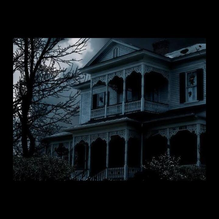 Rumahku Rumah Hantu