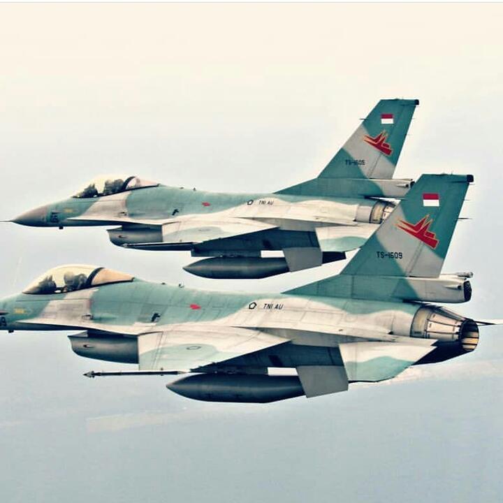 Marathon Merakit 3 (tiga) F-16A TNI-AU Sekaligus