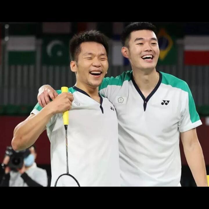 Empat Cerita Menarik dari Medali Emas Lee Yang dan Wang Chi-Lin !!!