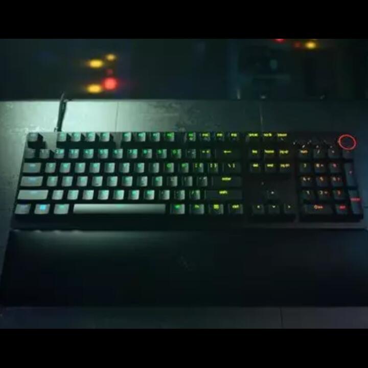 Sambutlah Keyboard Paling Cepat di Dunia - Razer Huntsman V2
