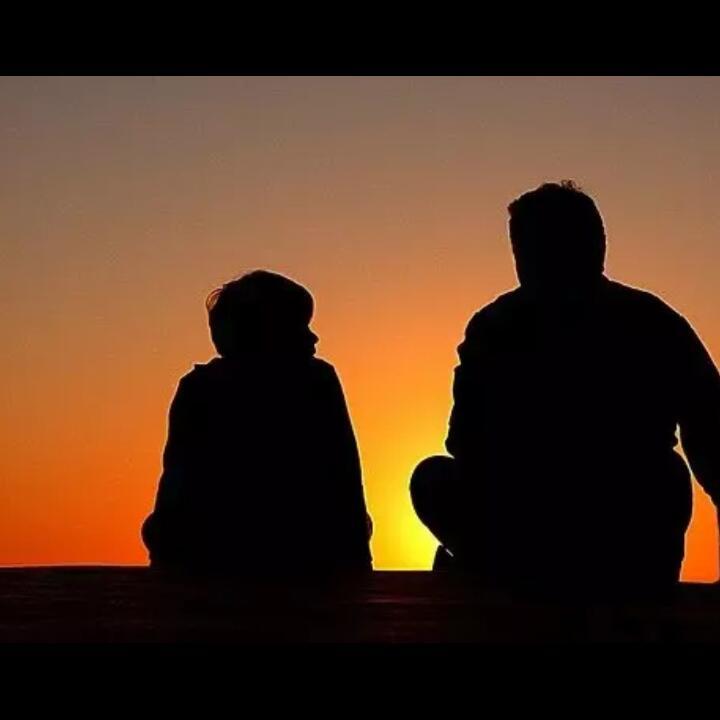 5 Langkah Mengajak Anak Berpikir Dengan Mengajaknya Berdiskusi